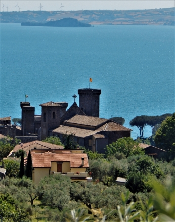 Back toward Orvieto, we found Lake Bolsena with wind turbines in the back.