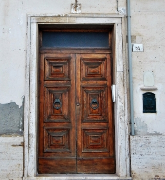 A dark wise door in Porto Santo Stefano.